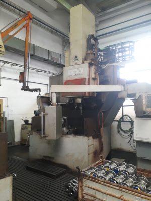 دستگاه تراش Vertical latheTOS SKIQ 8 CNC
