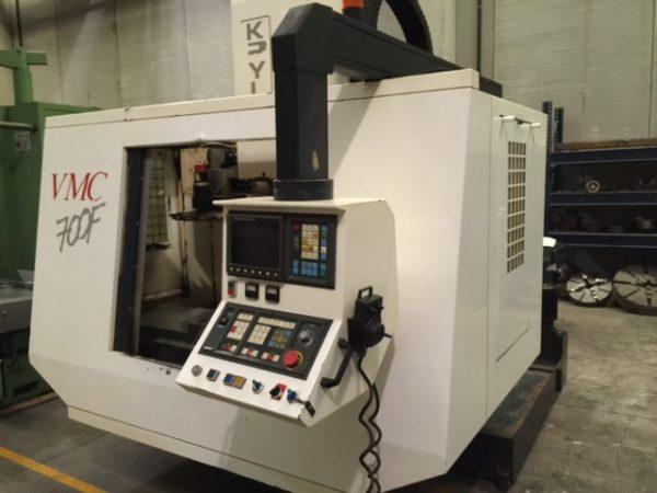 دستگاه فرز VERTICAL MACHINING CENTRE Fanuc OMKryle VMC 700F
