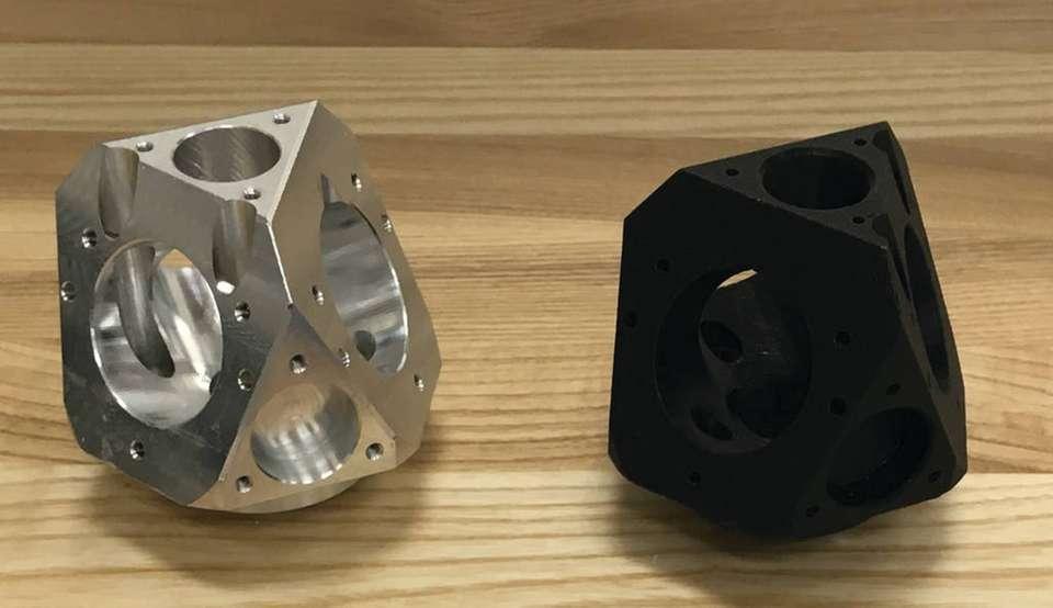 وابسته بودن دستگاه سی ان سی و پرینتر سه بعدی به اندازه به عنوان یک ضعف برای هر دو دستگاه