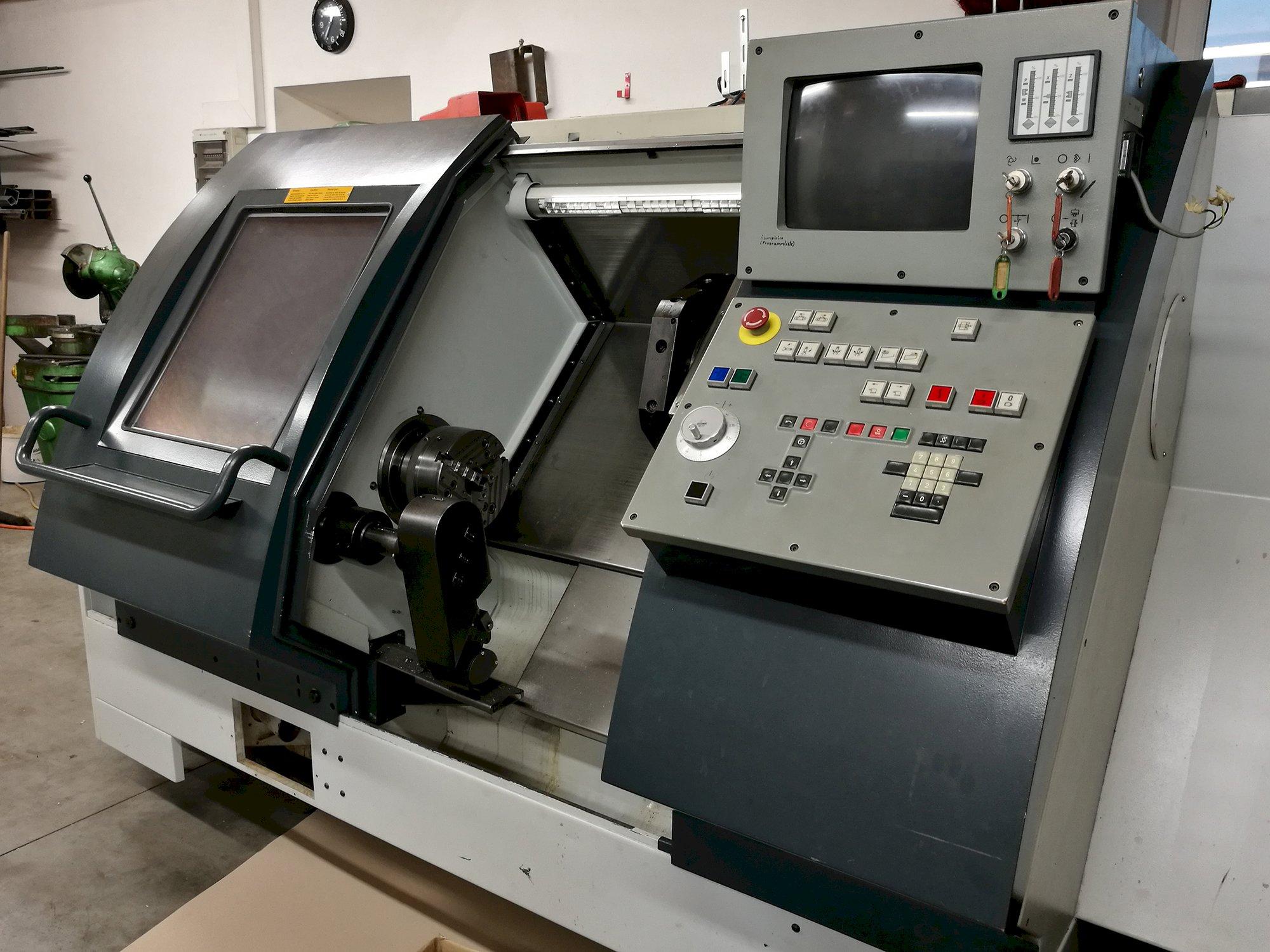 کار با دستگاه تراش CNC