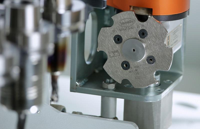 متریال به کار گرفته شده در ابزار برشی دستگاه cnc